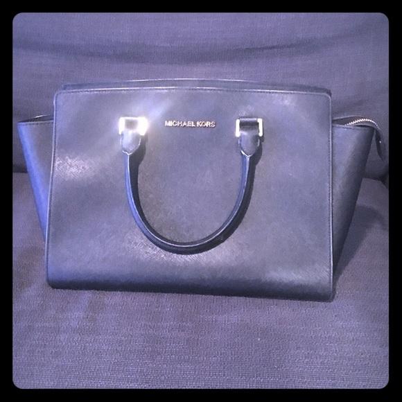 Michael Kors Handbags - Large handbag
